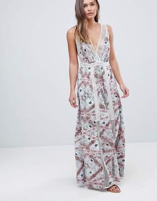 En Creme En Crme Sleeveless Maxi Dress With Lace Trim
