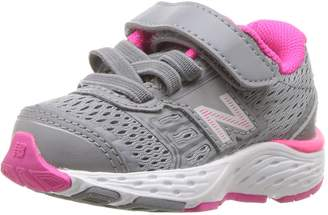 New Balance Girls' 680V5 Hook and Loop Running Shoe