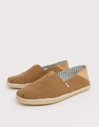 d7a4b474630152 Toms Stamp Down espadrilles in mustard canvas