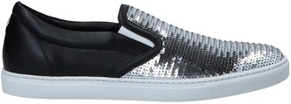 DSQUARED2 Low-tops & sneakers - Item 11553904KK