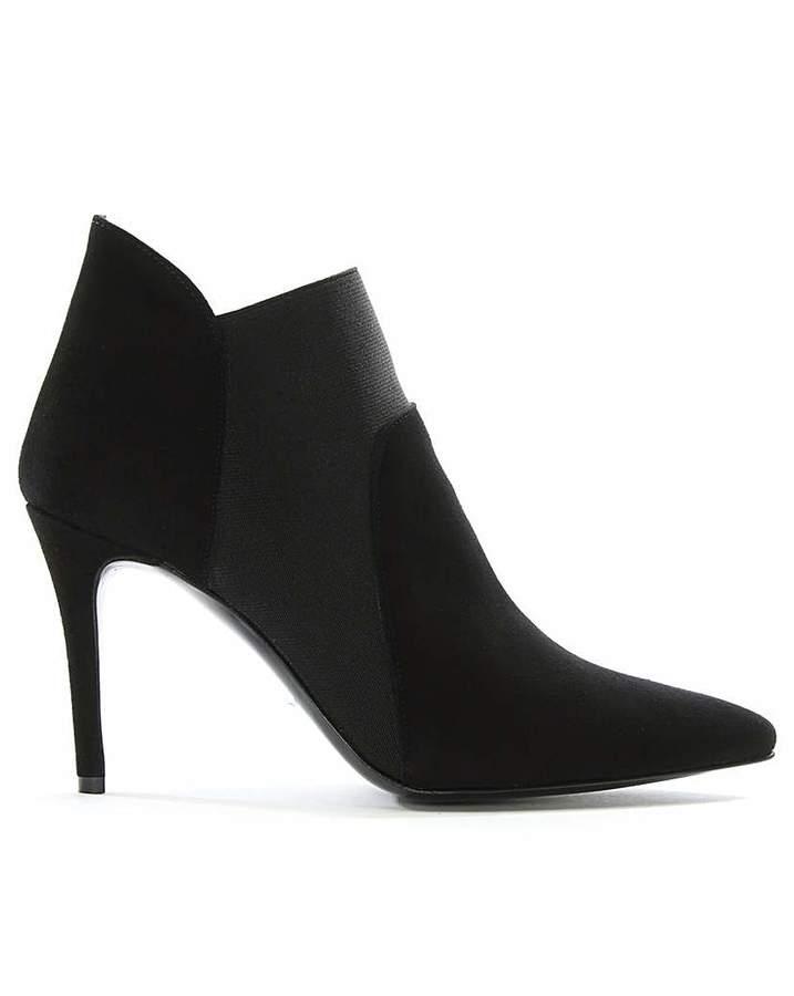 Daniel Footwear Daniel Afede Suede Pointed Chelsea Boots