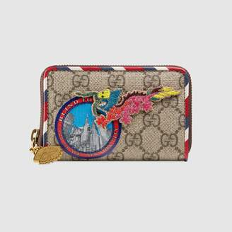 Gucci Courrier GG Supreme card case