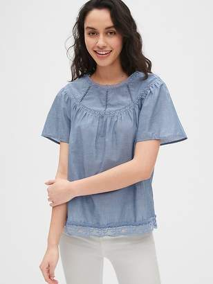 0938e91ae8 Gap Lace-Trim Chambray Flutter Sleeve Blouse
