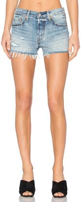 LEVI'S 501 Short $60 thestylecure.com