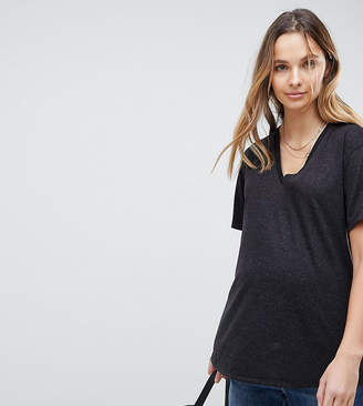 Asos DESIGN Maternity t-shirt with v-neck in linen mix in black