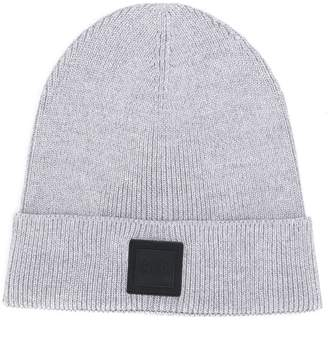HUGO BOSS logo patch knitted beanie