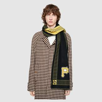 Gucci Wool scarf with Pittsburgh Pirates patch