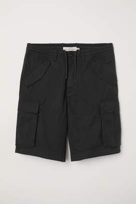 H&M Cotton Twill Cargo Shorts - Black