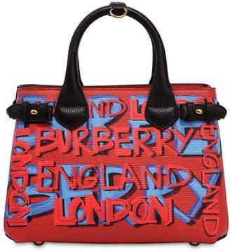 Burberry (バーバリー) - BURBERRY BANNER スモール グラフィティプリントレザーバッグ