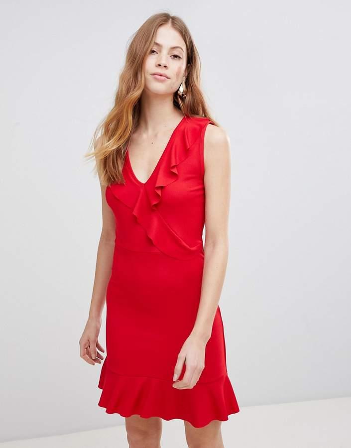 – Ärmelloses Kleid mit Rüschen