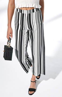 KENDALL + KYLIE Kendall & Kylie Striped Woven Pants