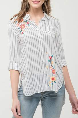Blu Pepper Collared Embroidered Top
