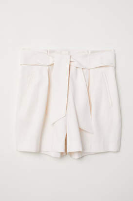 H&M Fitted Shorts - White