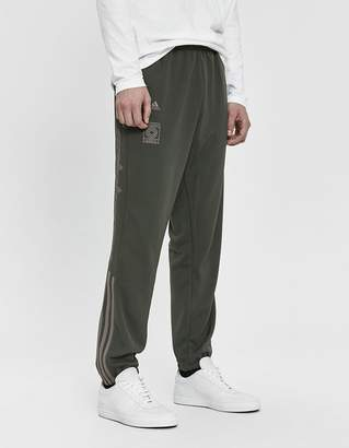 adidas Calabasas Track Pant in Core/Mink