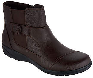 Clarks Tumbled Leather Ankle Boots - Cheyn Work