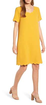 Everleigh Scallop Shift Dress (Regular & Petite)