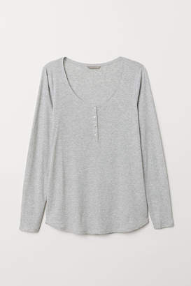 H&M H&M+ Henley Top - Gray
