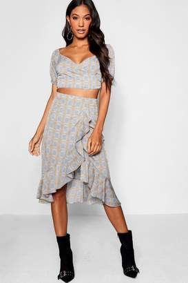 6e88f9f1ca87a boohoo Prince of Wales Check Crop Top   Skirt Co-ord