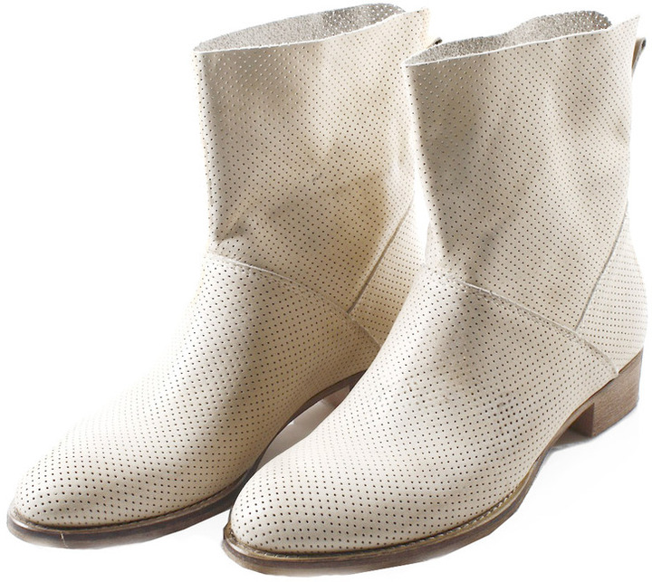 Baci Perforated Booties