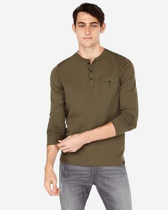 Express Moisture-Wicking Performance Pocket Henley