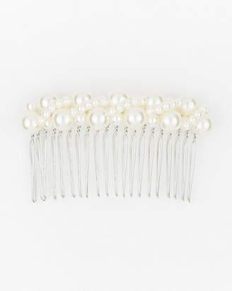 Le Château Pearl-Like Hair Comb