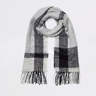 River Island Grey check scarf
