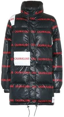 Calvin Klein Jeans Printed puffer coat