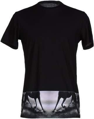 Gaetano Navarra T-shirts