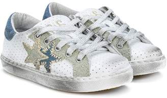 Star Kids 2 star patch sneakers