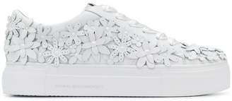 Kennel + Schmenger Kennel&Schmenger floral appliqué platform sneakers