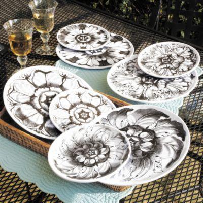 Set of Four Rosette Dinner Plates