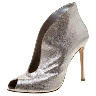 Gianvito Rossi Silver Suede Ankle boots