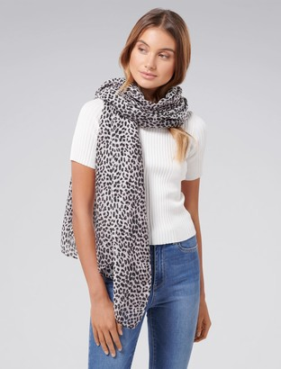 Forever New Mila Leopard Print Scarf - Snow Leopard - 00