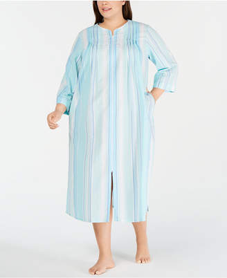 Miss Elaine Plus-Size Stripe-Print Seersucker Zip-Up Robe