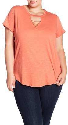 Planet Gold Caged V-Neck Short Sleeve Tee (Plus Size)
