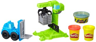 Play-Doh Wheels Crane and Forklift Construction Toys with Non-Toxic Cement Buildin' Compound Plus 2 Additional Colors