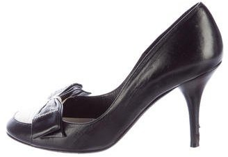 Chanel Bow-Accented Leather Pumps
