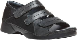 Propet Vitawalker Womens Flat Sandals $89.95 thestylecure.com