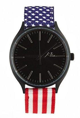 Plus Watchesクラシックナイロンウォッチのすべてのブラックとアメリカ国旗