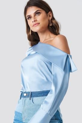 Andrea Hedenstedt X Na Kd One Shoulder Folded Blouse Blue Flower Print