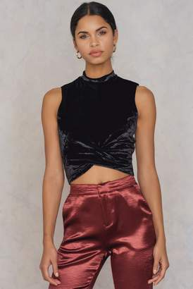 Na Kd Party Twist Front Velvet Top