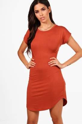 boohoo Taylor Curved Hem T Shirt Dress