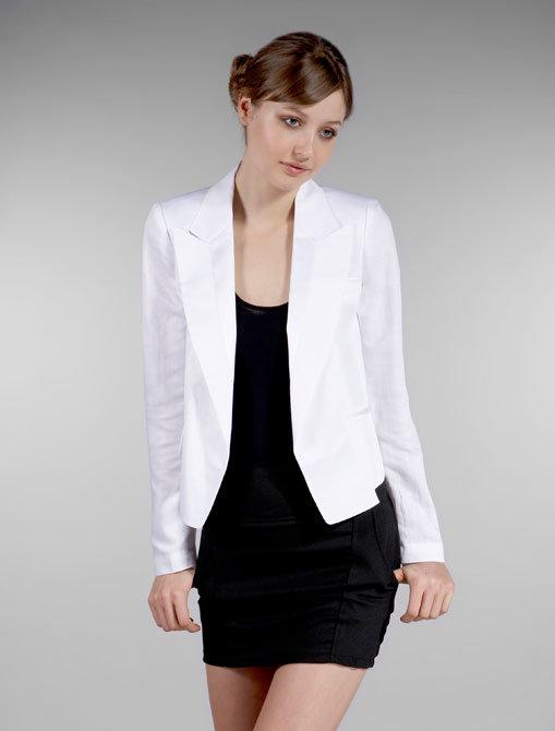Plastic Island Linen Tuxedo Blazer