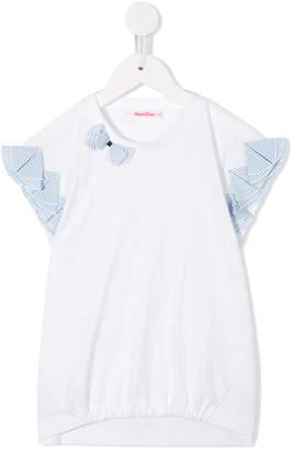 Familiar ruffled detailing blouse