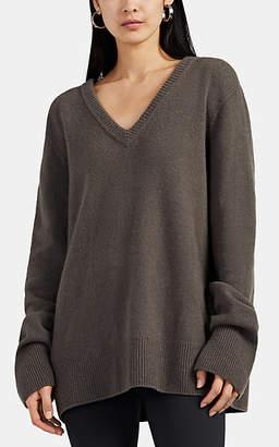 The Row Women's Elaine Wool-Cashmere V-Neck Sweater - Dark Gray