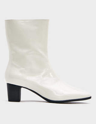 M·A·C Intentionally Blank Mac 2 Boot in White Patent