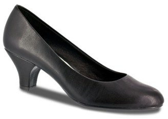 Easy Street Shoes Fabulous Pump