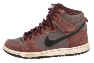 Nike SB Dunk High Suede Sneakers