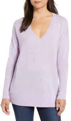 Halogen Relaxed V-Neck Cashmere Sweater (Regular & Petite)