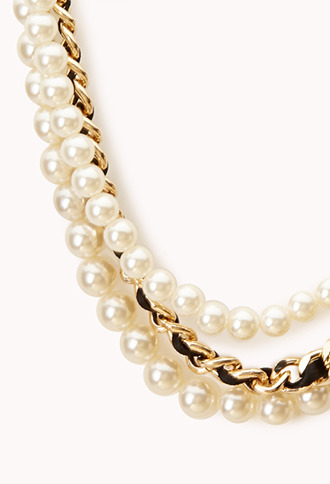 Forever 21 Pretty-Tough Faux Pearl Necklace
